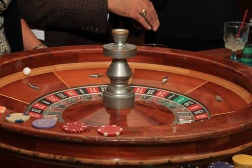 オンラインカジノの無料ボーナスでルーレットを楽しむ